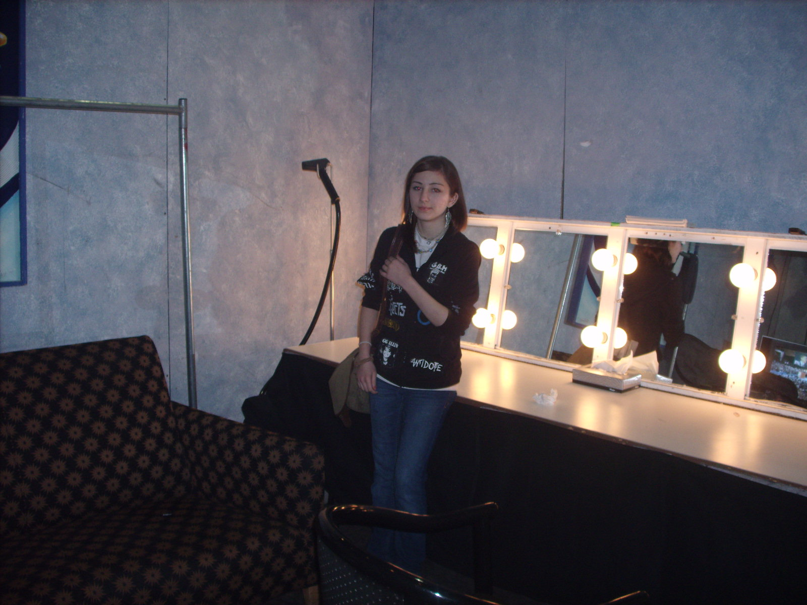 Therese backstage in the dressing room of the Hilton (Atlantic City NJ) Photo: Marion Sadge - webmaster of TomSadge.com