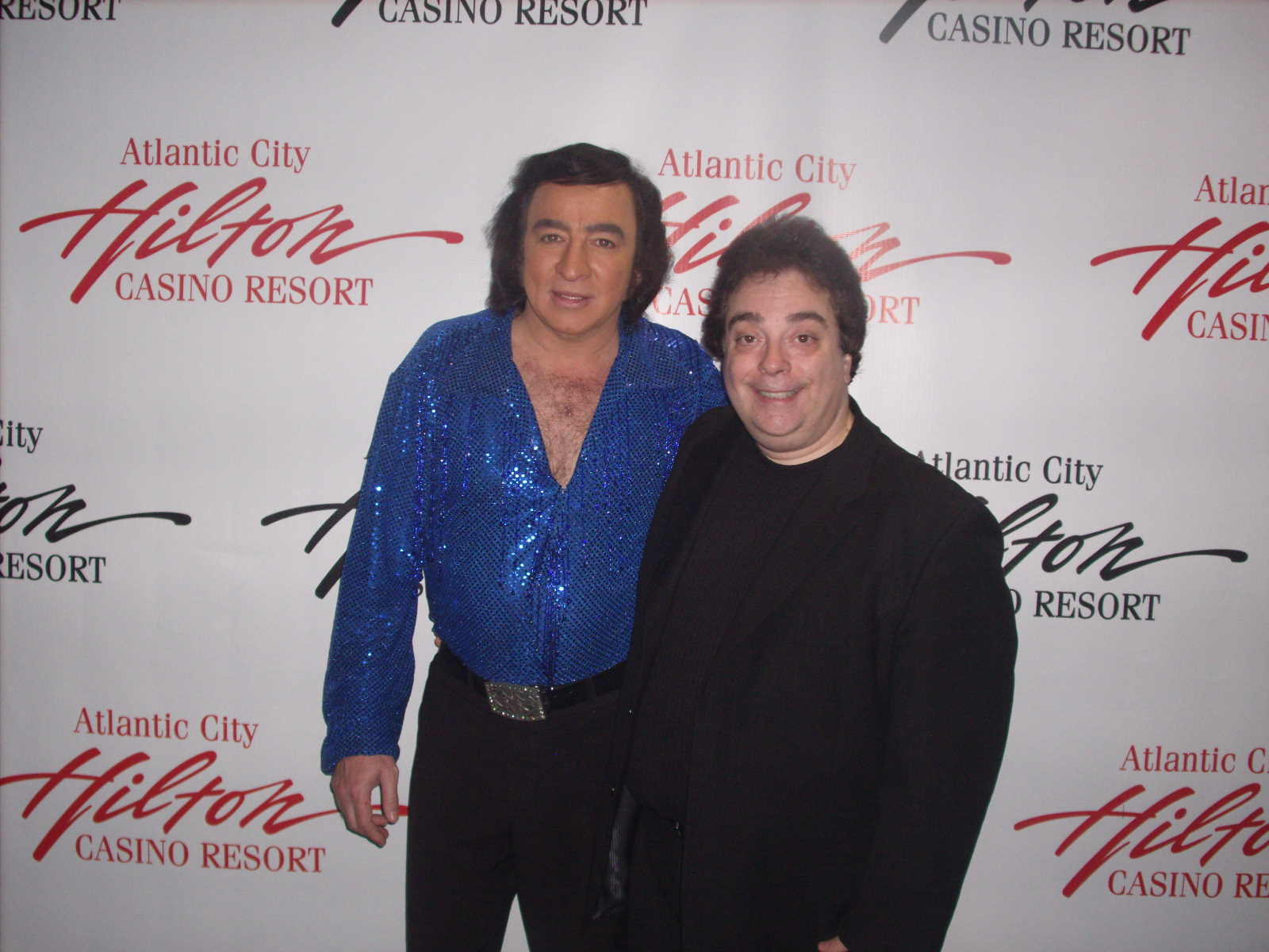 Tom Sadge as Neil Diamond with Pete Michaels, Ventriloquist/Comedian/Singer, from the cast of A Really Big Shew - Hilton Casino Resort Atlantic City NJ - Photo: Marion Sadge - webmaster of TomSadge.com