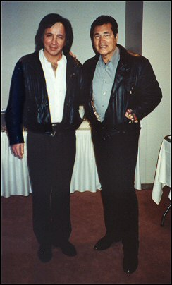 Tom Sadge with Engelbert Humperdinck. Photo credit: Frank Noone
